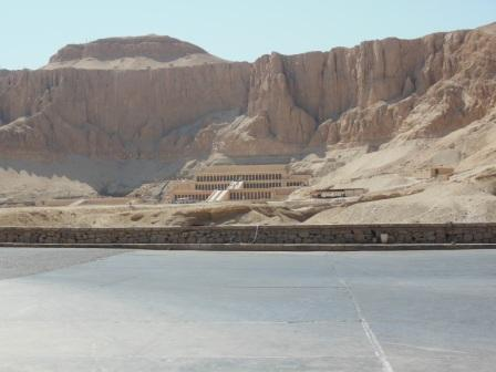 Egypt (Hatshepsut temple, King's Valley) 2014